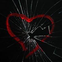 hoe kom je over een gebroken hart heen